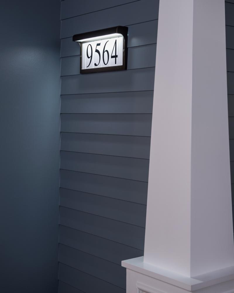 9600 12 Address Light Black